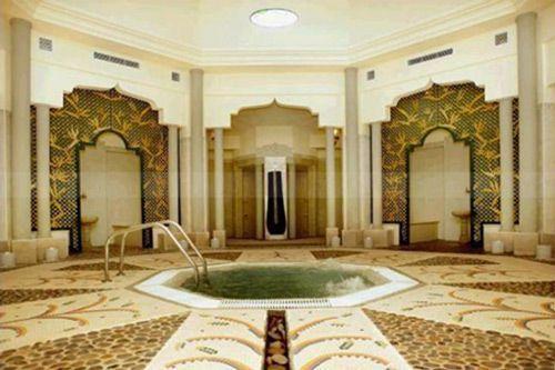 Турецкая баня хаммам славится наличием бассейна