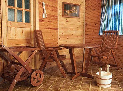 В бане из-за мебели может быть очень уютно