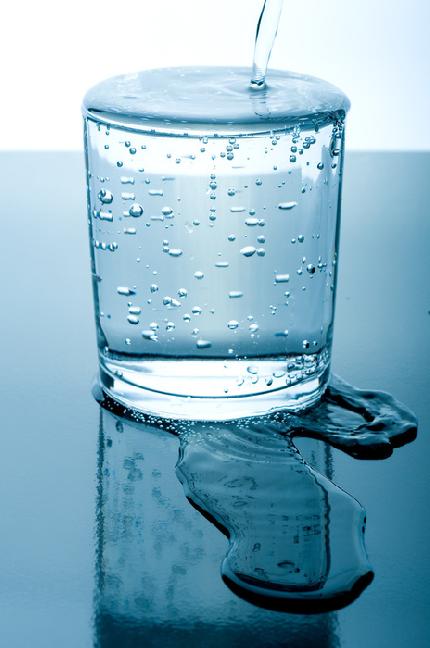 Стакан газированной воды