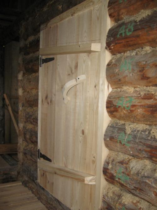 Двухкамерная дверь