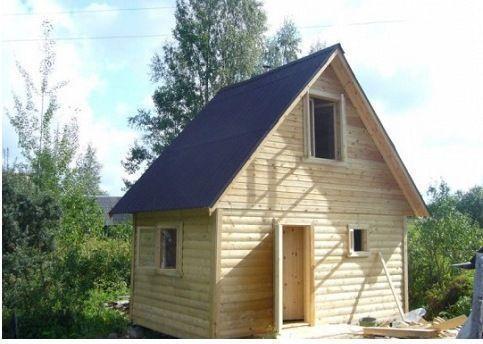 Готовая двускатная крыша бани