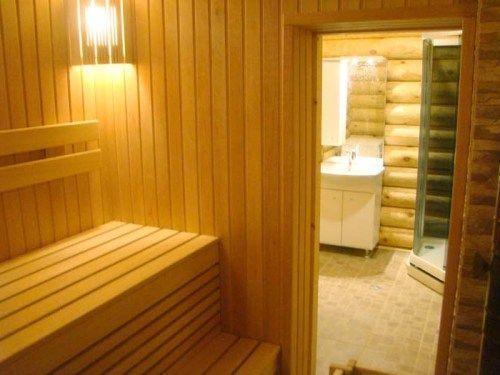 Лаконичность, простота и комфортность – главное в отделке бани