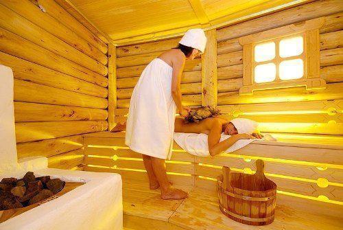 Баня на дровах с влажной парной изгоняет все болезни из тела и души