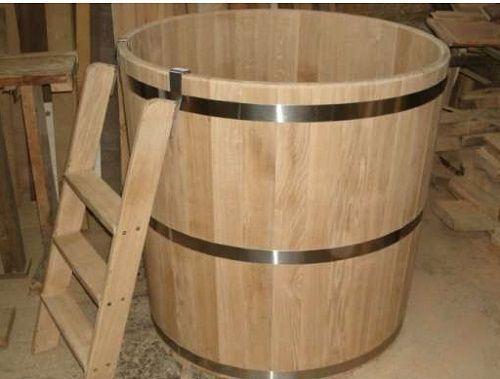 Деревянная купель - отличное дополнение к бане