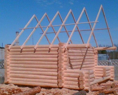 Монтаж двускатной крыши для бани – хорошее решение