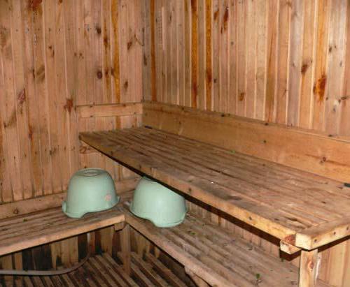 Парилка в русской бане часто не имеет особых изысков
