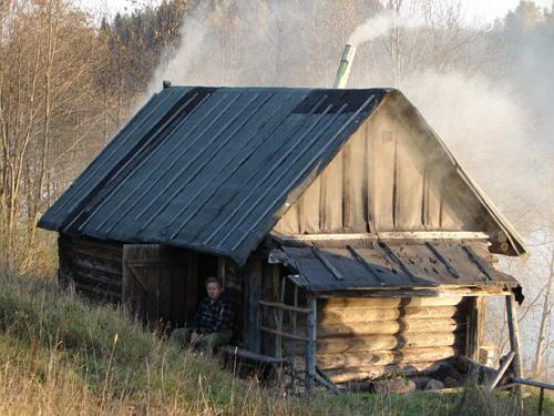 Старая русская баня может ещё долго стоять на хорошем фундаменте