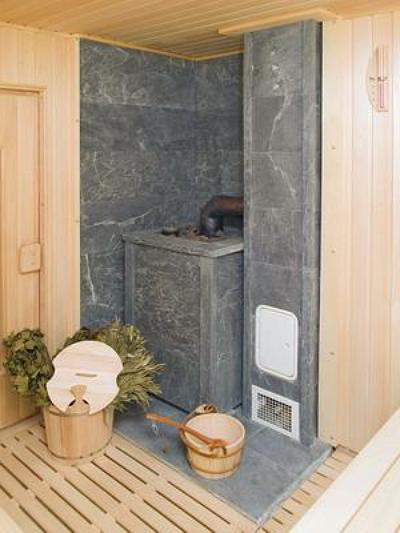 Печь-каменка, отапливаемая дровами