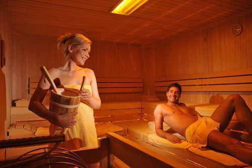 Полезен секс в бане сауне