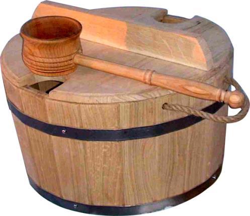 Деревянный запарник с большой «поливалкой»